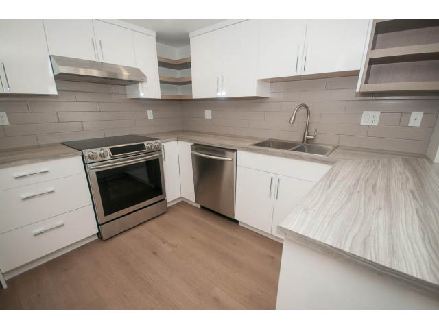 x luxury unfurnished in north vancouver