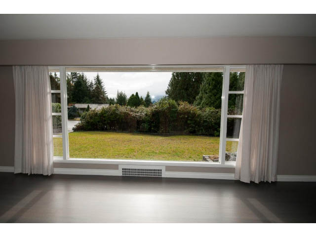 rent unfurnished west vancouver