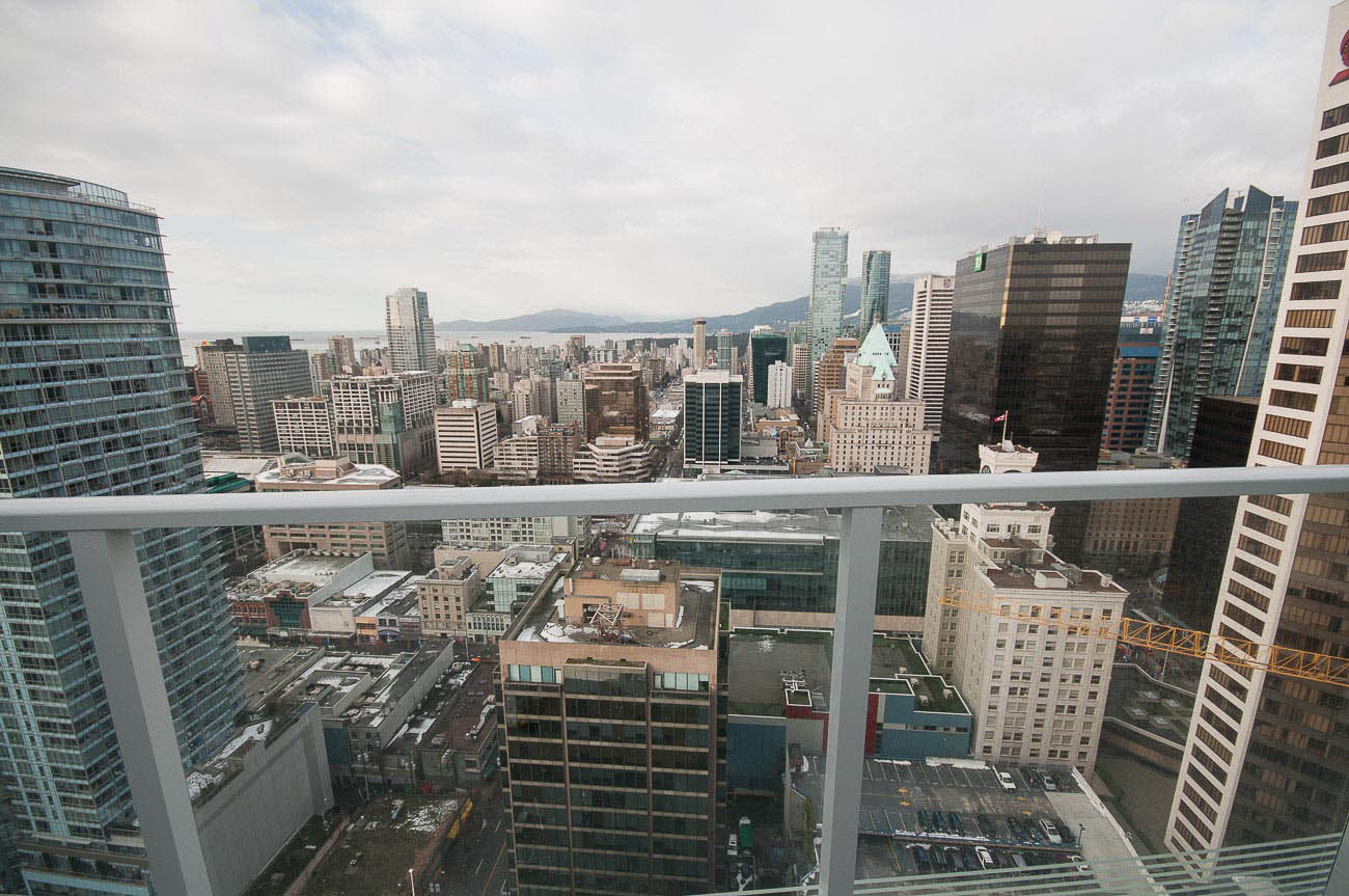 2 Bdrm Condo Downtown Vancouver Unfurnished