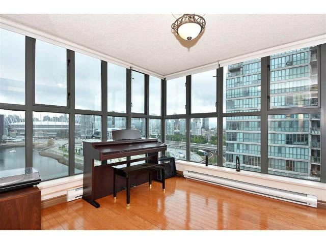 unfurnished crosstown vancouver